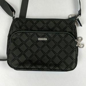 Crossbody purse with lots of zippered pockets